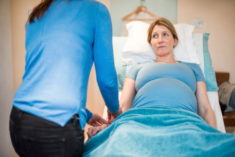 Acupuncture points to support pregnancy and birth